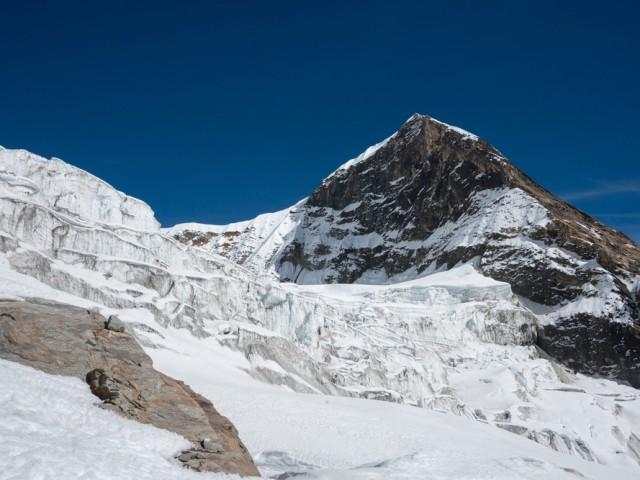 Tent Peak (5663m)