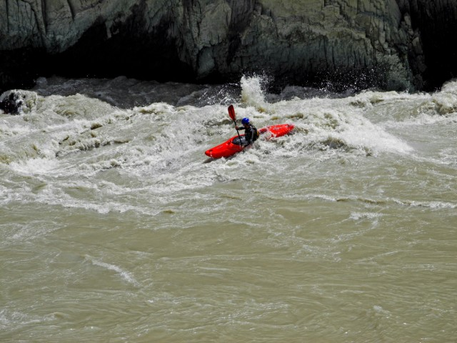 Kayak in Zanskar Canyon