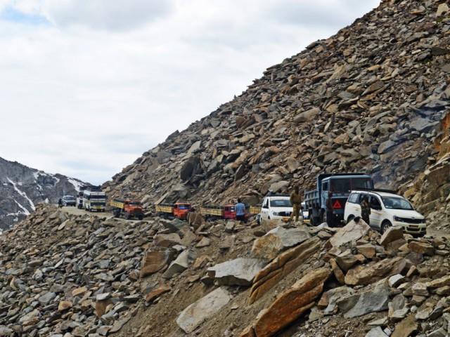 Khardung La Roadwork