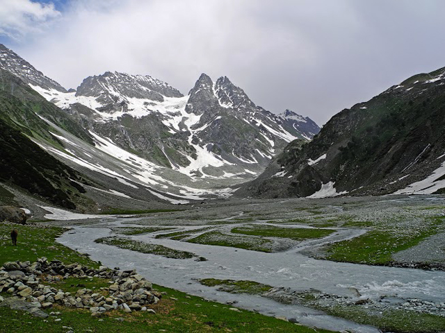 Upper Lider Valley