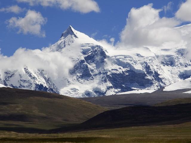 Mount Shishapangma in Tibet