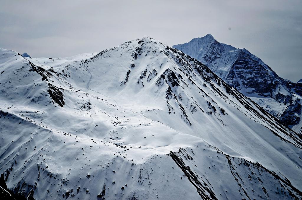 A view of Tsergo Ri (4984m)