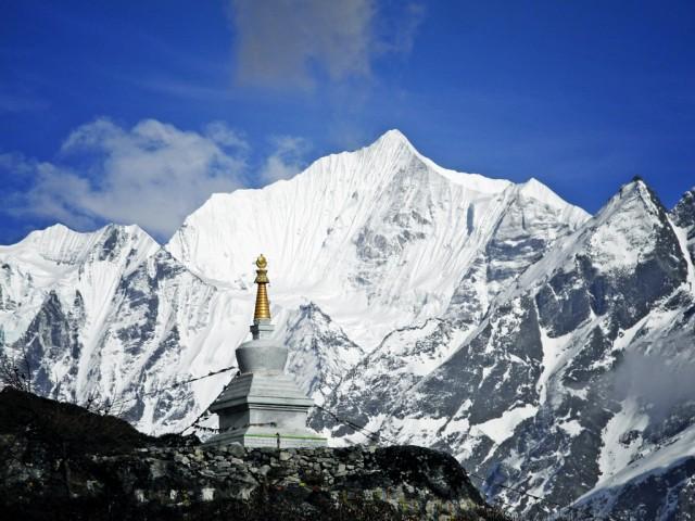 Langhisa Ri (6370m)